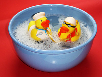 Even a small basin with ducks in it can be a great water toy for little kids. Basin with 2 yellow ducks