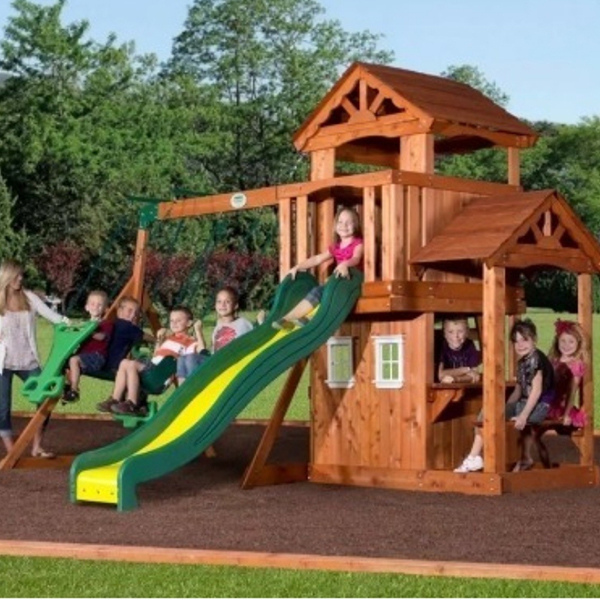 A wooden playset under $1000. with a swing that can hold up to 150 lbs. Also has adjustable swings that your child can grow with.